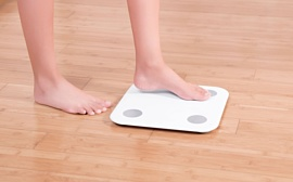 Xiaomi выпустила напольные весы Mi Body Composition Scale