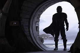Disney показала тизер сериала «Мандалорианец» с Педро Паскалем