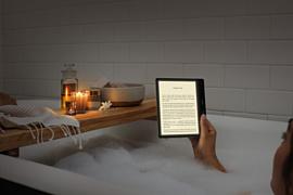Amazon выпустила новую модель Kindle Oasis с настраиваемым цветом подсветки