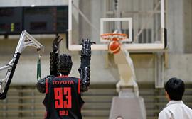 Робот-баскетболист Toyota установил новый мировой рекорд