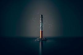 В фильмах и сериалах Netflix будут меньше курить