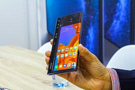 Начало продаж Huawei Mate X перенесли на ноябрь