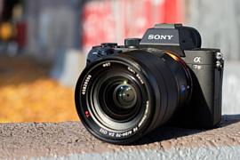 Камера Sony A7S III получит встроенный вентилятор охлаждения