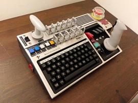 Этот ретро-контроллер предназначен специально для игры в Kerbal Space Program