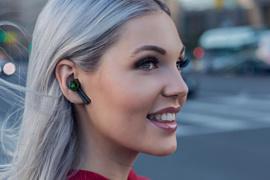 Razer представила беспроводные наушники Hammerhead True Wireless за $100
