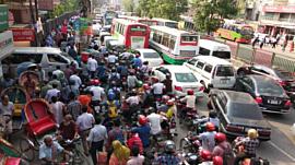 В Индии тестируют светофоры, которые не переключают красный, пока водители сигналят