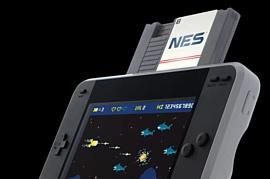 Retro Champ — портативная консоль, которая может работать с картриджами для NES