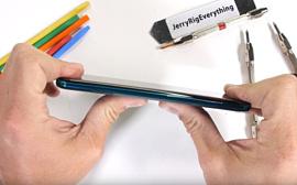 Видео: Xiaomi Mi Note 10 прошел тест на прочность