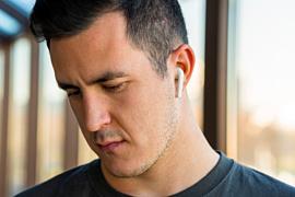 Слух: в комплекте с iPhone 12 не будет гарнитуры