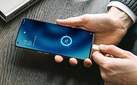 Oppo намекнула на выпуск 125-ваттного ЗУ для смартфонов