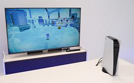 Видео: японские ютюберы оценили PlayStation 5 вживую
