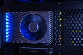 Слух: Intel начала тестировать мощную видеокарту Xe DG2 уровня RTX 3070