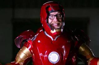 Адам Сэвидж создал рабочий костюм Железного человека