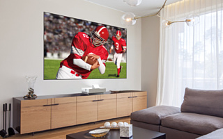 LS500 Laser Projection TV — новое комбо из проектора и экрана от Epson
