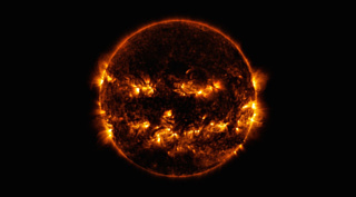 НАСА показало необычное фото темного Солнца