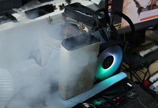 AMD Radeon RX 6800 XT с помощью жидкого азота разогнали до 2.8 ГГц
