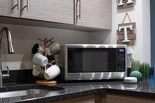 Sharp выпустила свою первую микроволновку с поддержкой Alexa