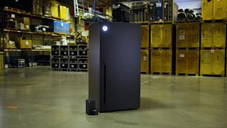 Microsoft начнет выпуск мини-холодильников в виде Xbox Series X