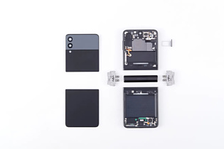 Появился первый видеоразбор Samsung Galaxy Z Fold3