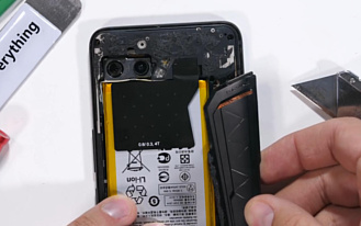Вентиляционное отверстие Asus ROG Phone ll оказалось бутафорским