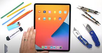 Видео: iPad Pro 12.9 (2021) попробовали поцарапать, погнуть и поджечь