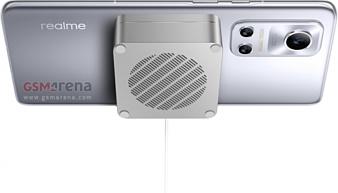 Realme Flash — первый Android-смартфон с поддержкой магнитной беспроводной зарядки