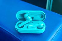 Honor представила беспроводную гарнитуру Magic Earbuds за €129