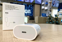 Слух: iPhone 12 будут продавать без зарядного устройства