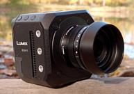 Panasonic анонсировала новую видеокамеру Lumix BGH1