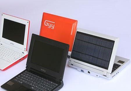 Привет из солнечной Испании: нетбук GYY работает на солнечной энергии