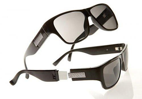 Calvin Klein выпускает солнечные очки с поддержкой USB технологии