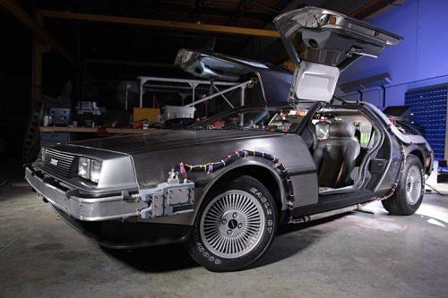 Завершена реставрация культового DeLorean из трилогии «Назад в будущее»