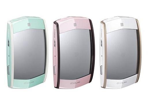 Casio представила селфи-камеру Exilim MR1 Kawaii Selfie