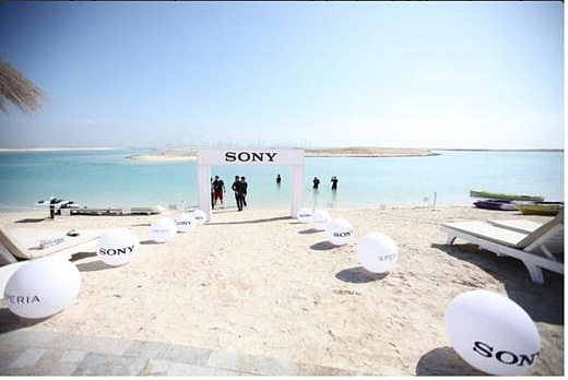 Sony открыла в Дубае подводный магазин