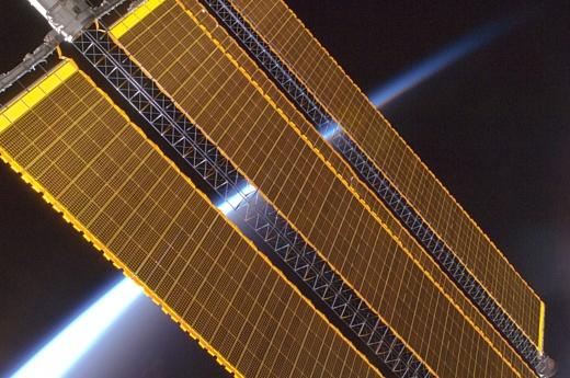 Китай хочет построить в космосе станцию на солнечных батареях