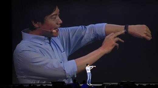 Xiaomi показала новый Mi Band, гаджет iHealth и батарею емкостью 10000 мАч