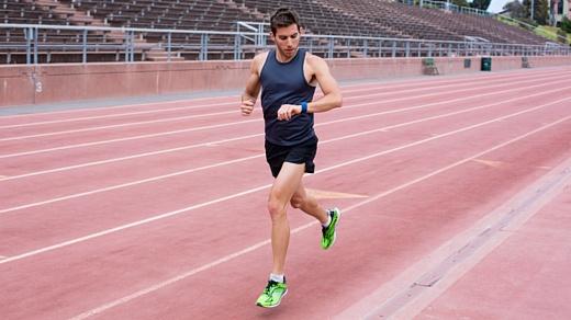 Аналитики: Fitbit продолжает лидировать на рынке фитнес-браслетов