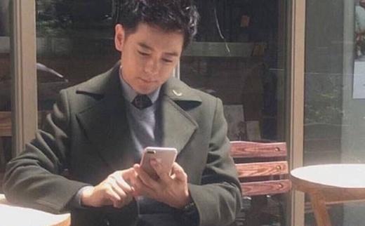 Тайваньского музыканта Джимми Лина сфотографировали с iPhone 7 Plus
