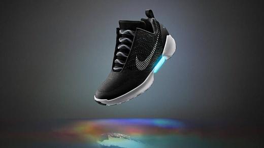Nike будет продавать самозашнуровывающиеся HyperAdapt за $720