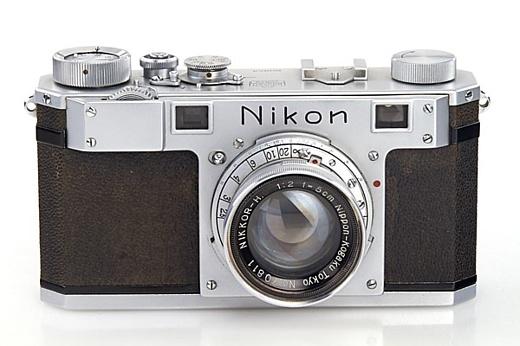 Старейшая камера Nikon куплена за $406 тысяч