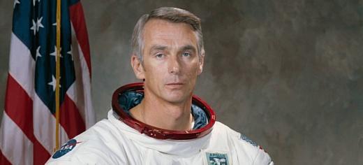Умер астронавт Юджин Сернан, побывавший на Луне последним