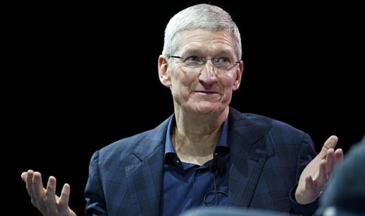 Тим Кук продал 30 тысяч акций Apple