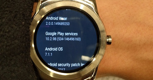 LG обновила G Watch R и Watch Urbane до Android Wear 2.0