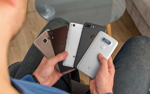 IDC: «Samsung и Apple стагнируют, но рынок смартфонов растет»