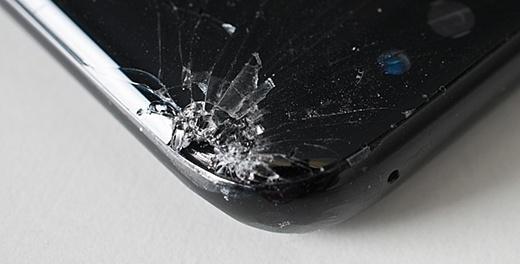 Дроп-тесты указали на слишком хрупкие углы Galaxy S8