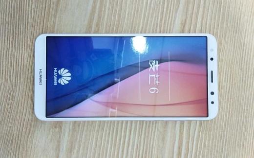 В сеть попали фото Huawei G10