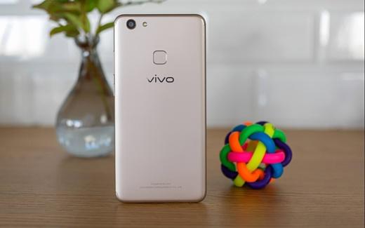 Vivo объявила о скором выходе на российский рынок