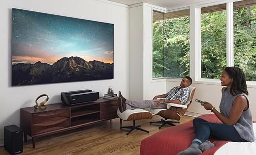 Hisense показала 100-дюймовый 4К-телевизор за $10 тысяч