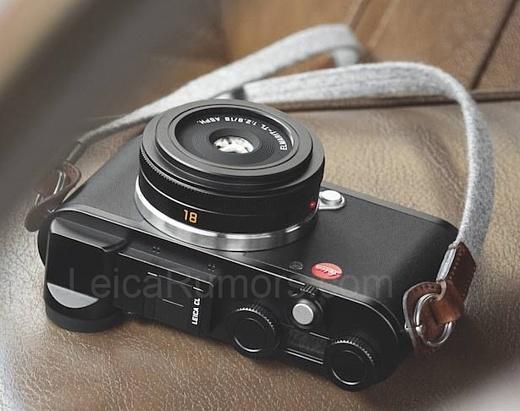 В сеть попала фотография новой беззеркальной камеры Leica CL