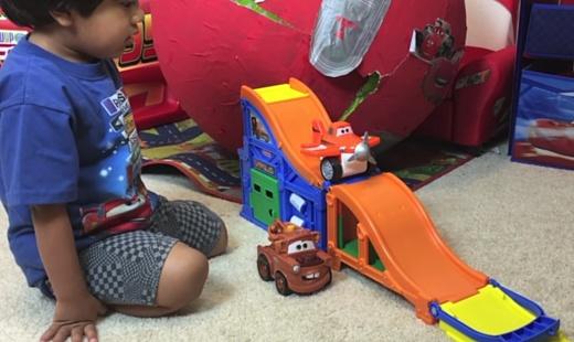 6-летний ютюбер заработал $11 млн на обзорах игрушек